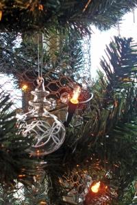 tree with a twist (21 Dec 10)