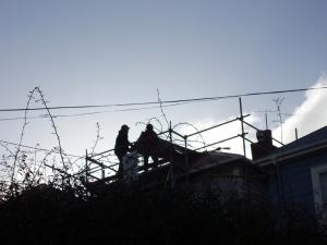 roofers on Edge Hill (23 September 2013)