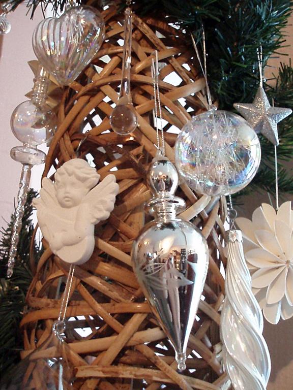 Christmas tree (02 January 2014)