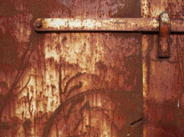 rusty skip (03 October 2014)